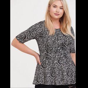 Torrid Grey leopard studio knit peplum top 4X